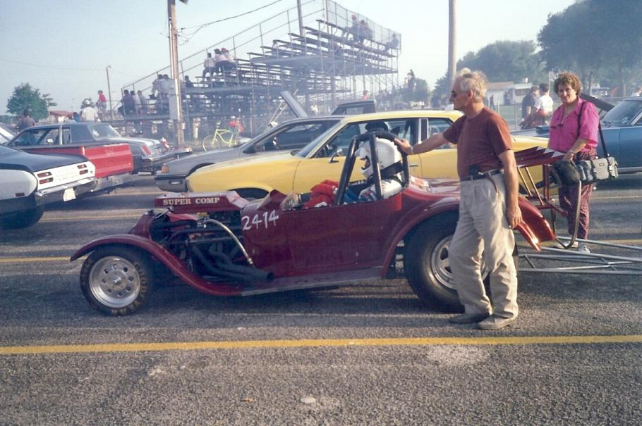 May 1992   This was Tony's last race with the 27 Model T roaster. The car was way to small for Tony, you can see his knees outside of the car and...